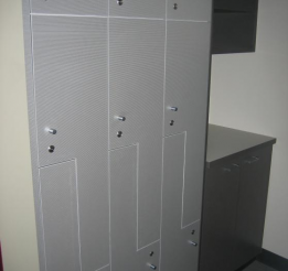 Lockers In Stainless Lamiwood