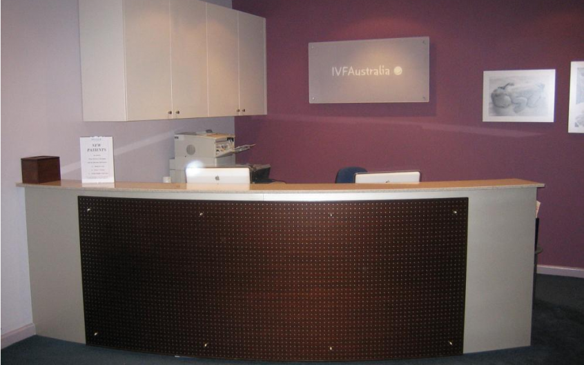 Polyurethane Curved Counter With Veneer Feature Panel