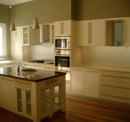 Polyurethane Kitchen With Solid Timber Laminated Benchtop 2