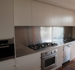 Polyurethane Kitchen With Stainless Steel Benchtops 2