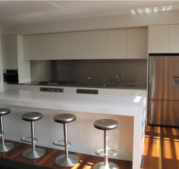 Polyurethane Kitchen With Stainless Steel Benchtops