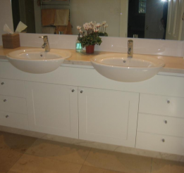 Polyurethane Vanity With Semi Recessed Tw