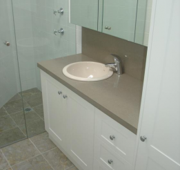 Polyurethane Vanity With Stone Top And Splash Back And Recessed Doors