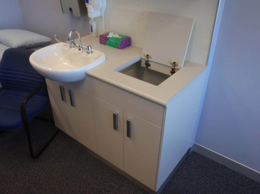 Vanity with post form bench top with lift up lid tasker for Furniture 96 taren point